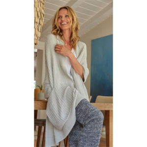 BAREFOOT DREAMS COZYCHIC LITE TRAVEL SHAWL