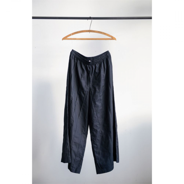BLACK COTTON PLEATED PATTI PANTS