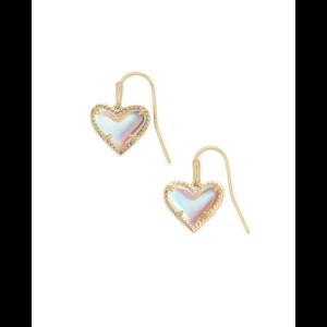 KENDRA SCOTT ARI HEART DROP EARRINGS IN GOLD