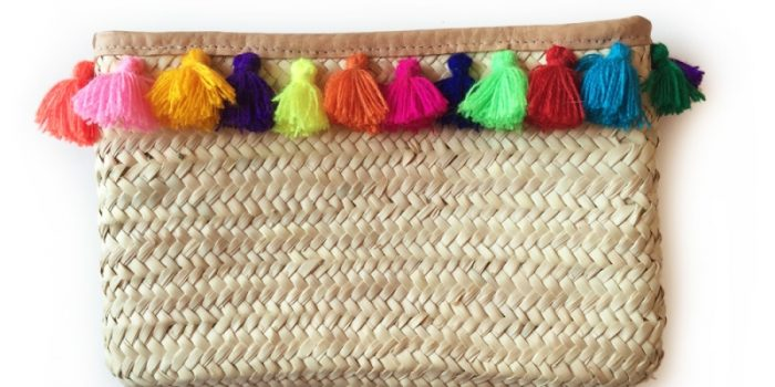 MULTI POM POM STRAW CLUTCH
