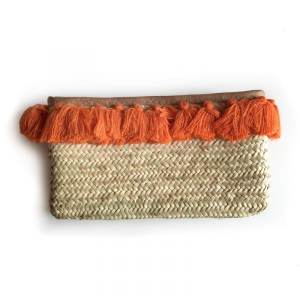 ORANGE POM POM STRAW CLUTCH