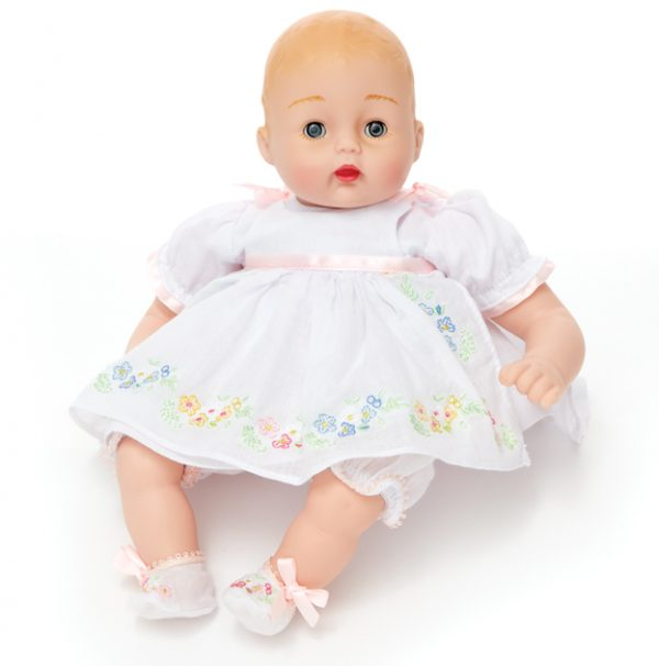MADAME ALEXANDER PRETTY PINAFORE HUGGUMS BABY DOLL