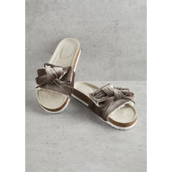 PRETTY YOU LONDON MINK VELOUR BOW SLIP ON