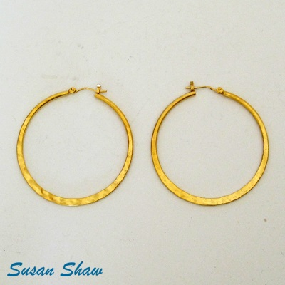 SUSAN SHAW GOLD SMOOTH HOOP EARRINGS