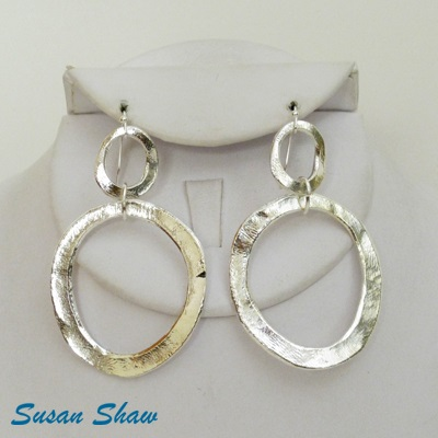 SUSAN SHAW SILVER DOUBLE CIRCLE EARRINGS