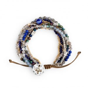 BEADED PRAYER BRACELET IN INDIGO