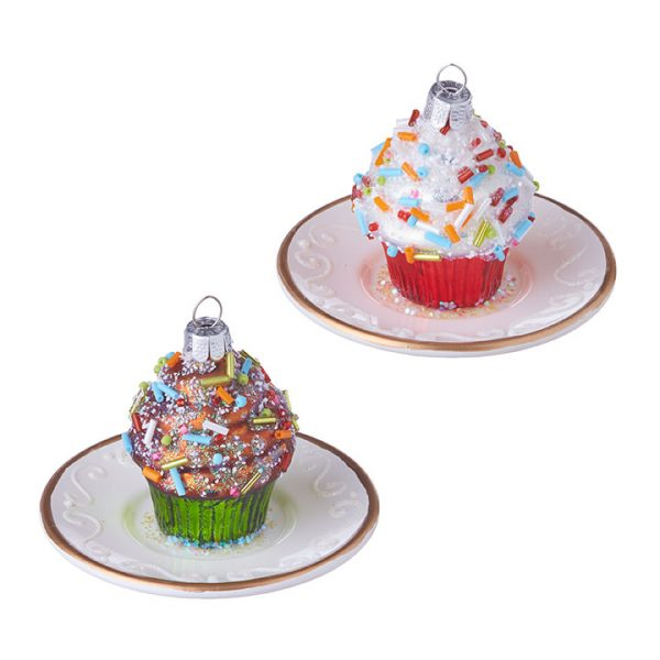 CUPCAKE ON A PLATE ORNAMENT