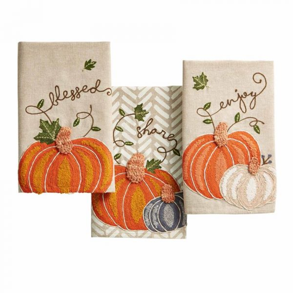 EMBROIDERED PUMPKIN TOWELS
