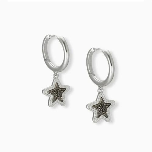 KENDRA SCOTT JAE STAR HUGGIE EARRINGS