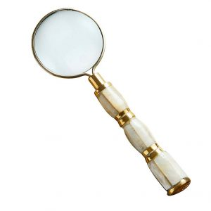 MINI PEARL MAGNIFYING GLASS