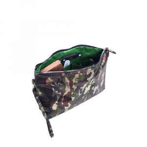 PURSEN CAMO GETAWAY LITT LARGE MAKEUP CASE
