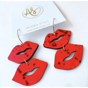 RED LIP MEDIUM EARRINGS