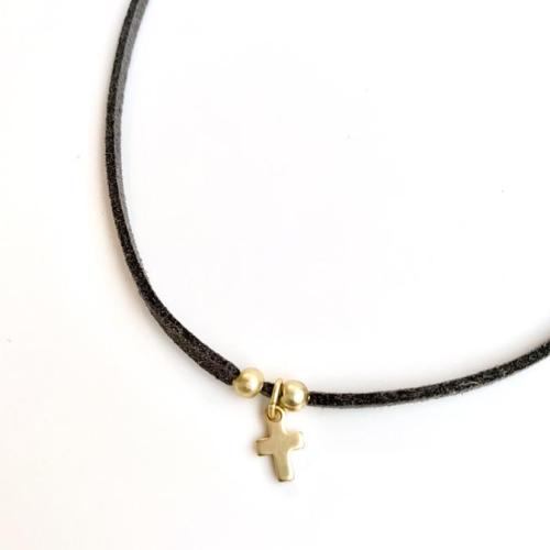 SOFT SUEDE CHOKER WITH CROSS NECKLACE
